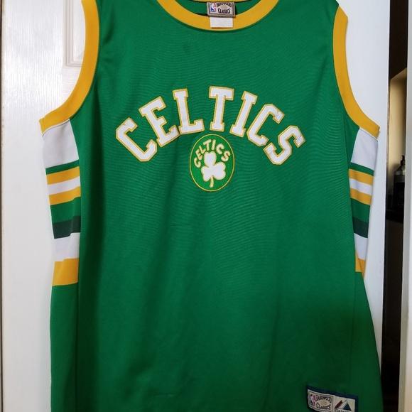 new concept e3be2 e0c21 Vintage Boston Celtics Hardwood Classics Jersey